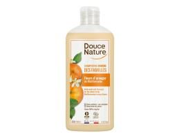 Douce Nature plaukų šampūnas su liucerna ir juodaisiais serbentais, 1L